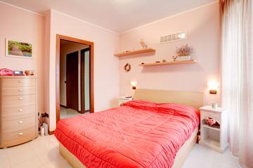 Camera da letto in stile shabby chic