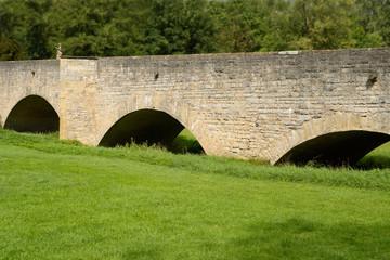 Rundbogenbrücke, q.