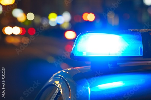 Police siren - 72920225
