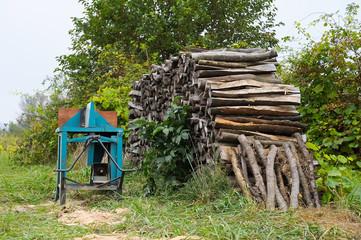 Tischkreissäge zum Schneiden von Brennholz