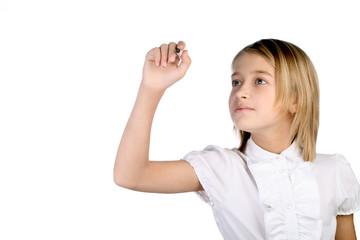 Маленькая школьница пишет маркером в воздухе
