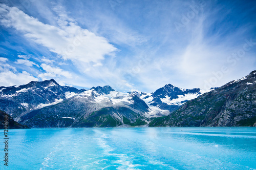 Fotobehang Gletsjers Glacier Bay in Mountains in Alaska, United States
