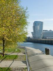 Herbstliche Hafencity in Hamburg
