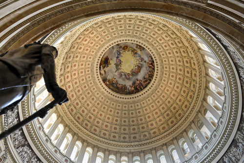 Fotobehang Historisch mon. Dome inside of US Capitol, Washington DC