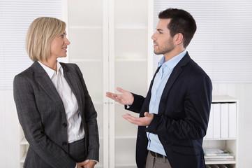 Dialog und Argumente in einem Business Gespräch