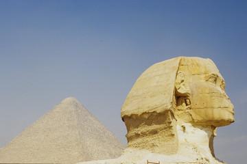 sfinge piramidi piana di giza cairo egitto