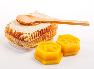 honeycomb with beeswax