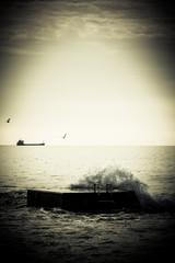 Breaking Waves on Pier.tinted