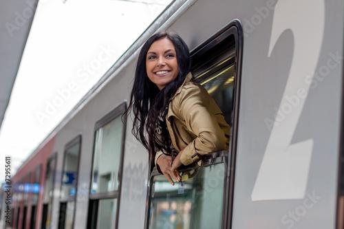 canvas print picture Ankunft mit der Eisenbahn