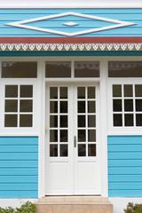 porte d'entrée de maison créole
