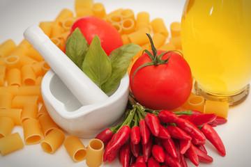 Pasta al pomodoro ingredienti