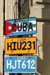 Fausses plaques minéralogiques cubaines