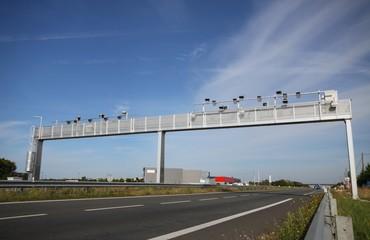 portique, ecotaxe, autoroute, taxe, péage, écotaxe, écologie