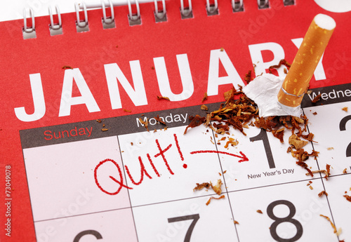 New year's resolution quitting smoking - 73049078