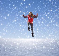 Frau mit Rotem Anorak im Schnee