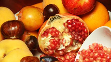 Granada y otras frutas