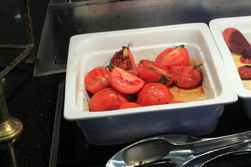 Slices of grilled tomatoes