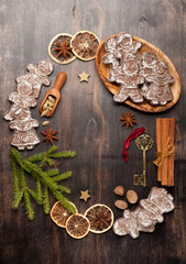 Gingerbread, Christmas decorations and spices