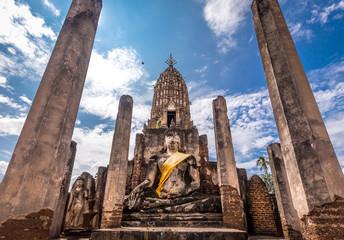Wat Phra Sri Rattana Mahathat in Si Satchanalai historical park