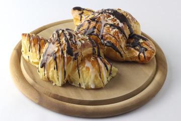 Schoko Zuckerguss Croissant_001