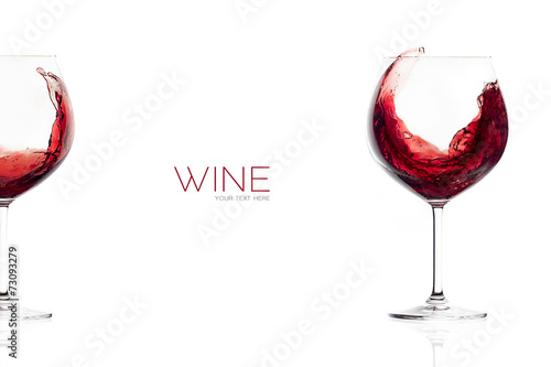 Red Wine in a Balloon Glass. Splash - 73093279