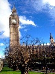 The most visiting spot in London, Big Ben is showing the time