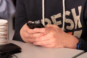 Mobiltelefon in der Schule
