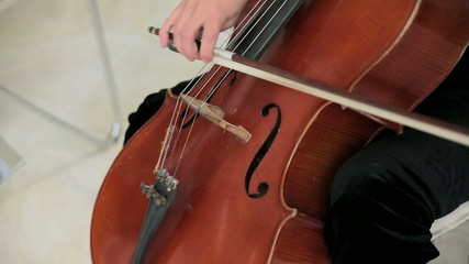 Cello Technique�In action