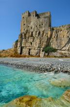 """Постер, картина, фотообои """"Castle of Roseto Capo Spulico"""""""