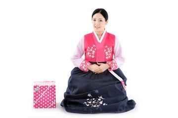 명절 한복의상과 한국의 전통