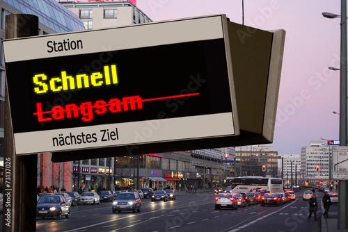 Foto op Plexiglas Motorsport Anzeigetafel 5 - Schnell