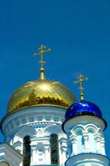 Купола собора в Малоярославце