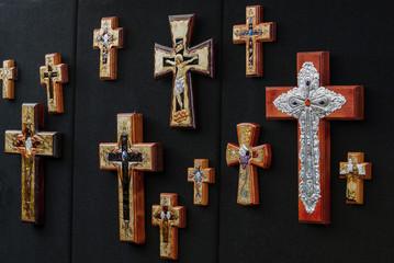 Kreuze auf einem Markt in Santa Fe, USA