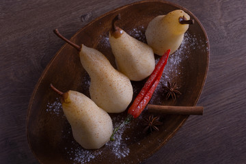 poached pears with cinnamon and star anise