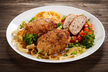 Fried chops and vegetable salad