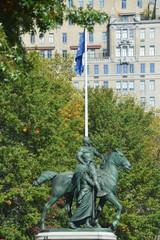 statue devant le musée d'histoire naturel à New York - USA