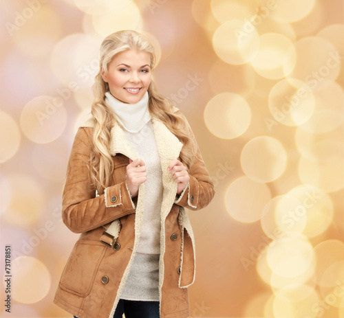 canvas print picture smiling young woman in winter clothes