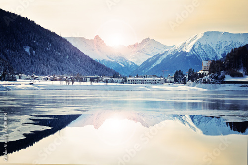 In de dag Bergen Davosersee im Abendlicht – Schweiz
