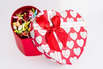 Half-closed heart box