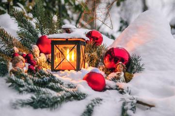 weihnachtliches Idyll im Schnee