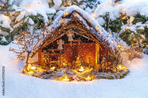 canvas print picture weihnachtliche Krippe im Schneefall