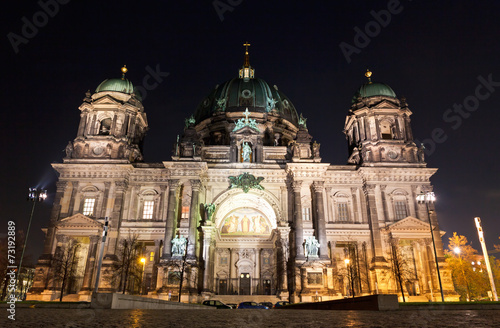 canvas print picture Berlin Cathedral at night. Berlin, Germany