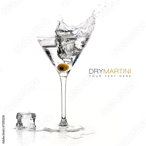 Dry Martini Cocktail with Big Splash - 73193216