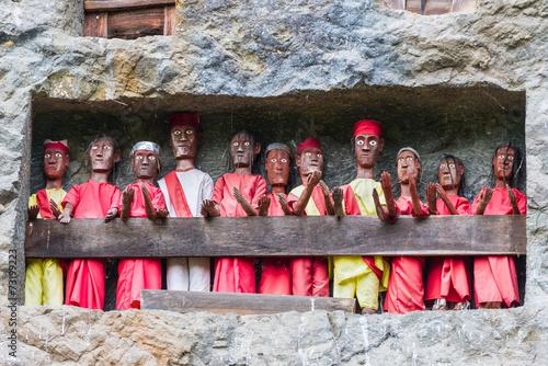 Papiers peints Cimetiere Traditional burial site in Tana Toraja