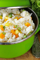 garnish rice with various vegetables