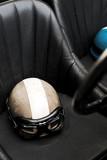 vecchio casco usurato