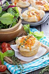 Mini quiche with puff pastry