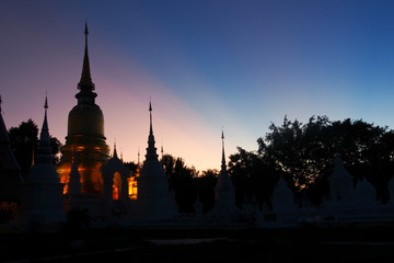 wat suan dok twilight view, chiang mai, Thailand