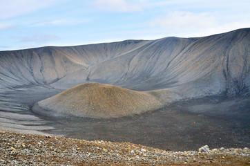 Исландия, кратер потухшего вулкана