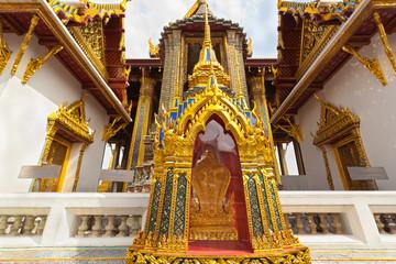 trône impérial en vitrine, Bangkok, Thaïlande